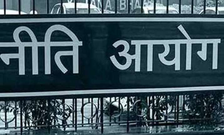 niti aayog to hire chief economist for policy issues