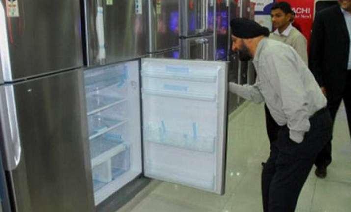 godrej appliances aims at 27 topline growth in fy16
