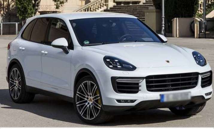 2015 Porsche Cayenne Launched India News India Tv