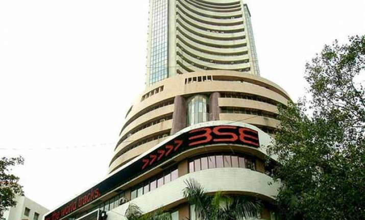 sensex up 323 points nifty ends above 8 600 points