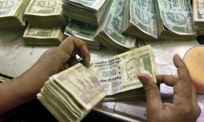 govt misses tax collection target by rs 2 288 cr in fy15