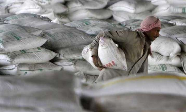 india cements q2 net down 29 at rs 40 cr