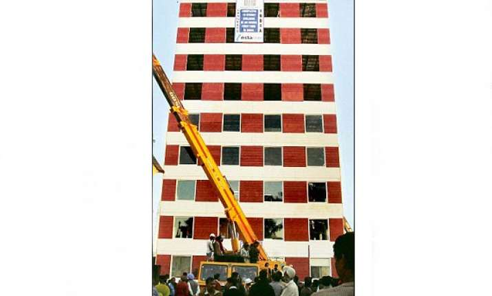 india s fastest building 10 storeys built in 48 hrs