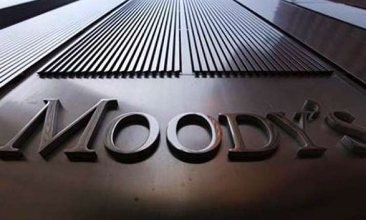 india s rating outlook stable says moody s