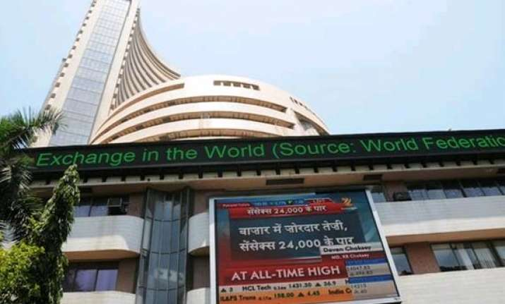 indian equities gain as foreign funds back to buying weekly