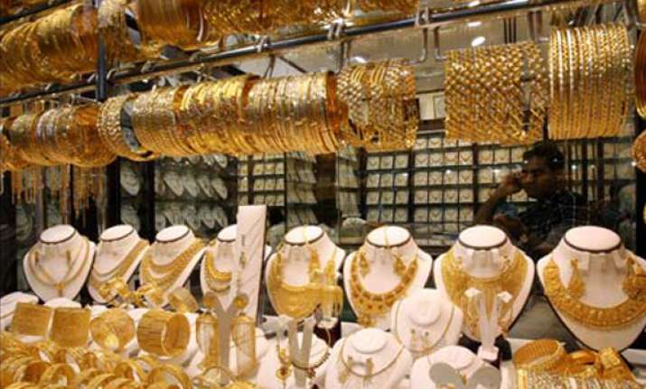 indian households hold over 950 billion of gold macquarie