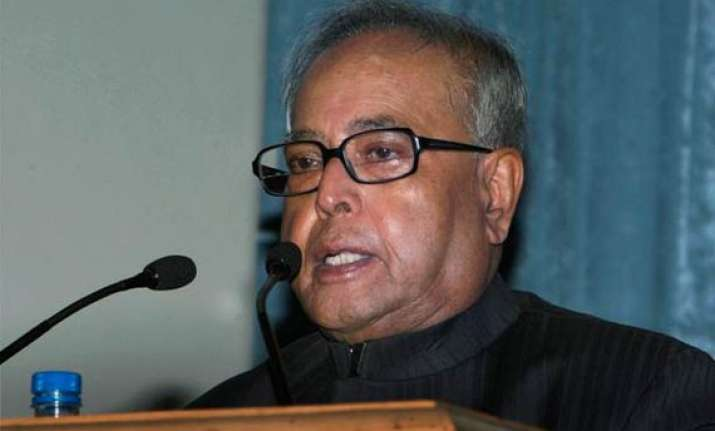 inflation to fall to 6 7 by march if trend continues pranab