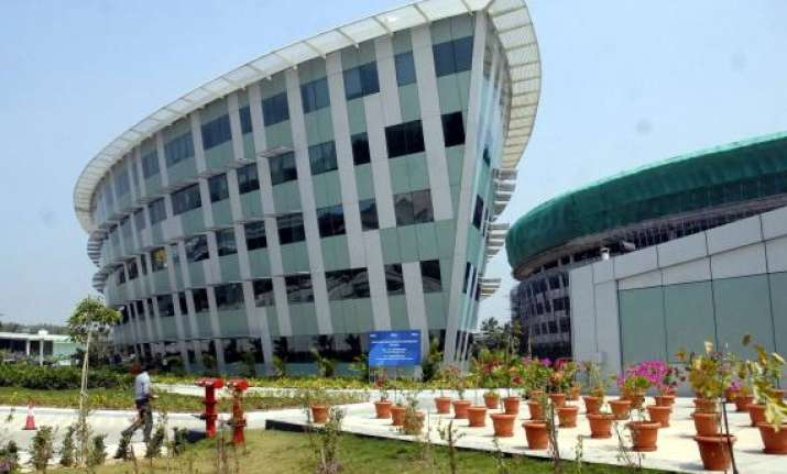 infosys inducts three members in top decision making body