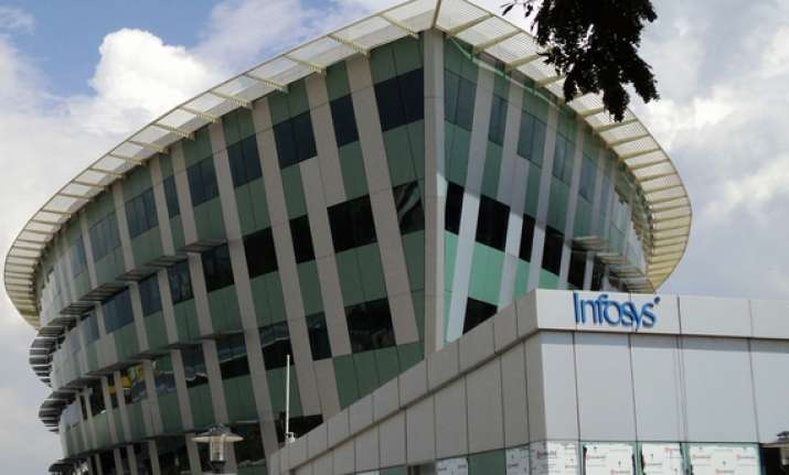 infosys to give promotions every quarter report