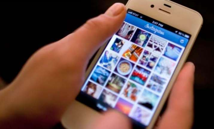 instagram says fixing bug that hides users photos