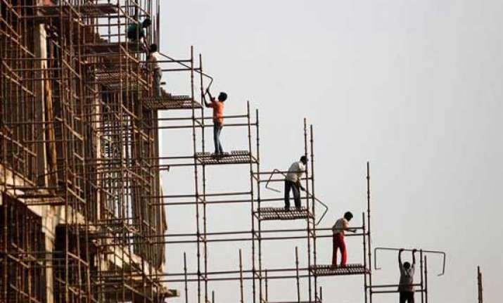 budget 2014 jaitley s budget targets 7 8 growth in three