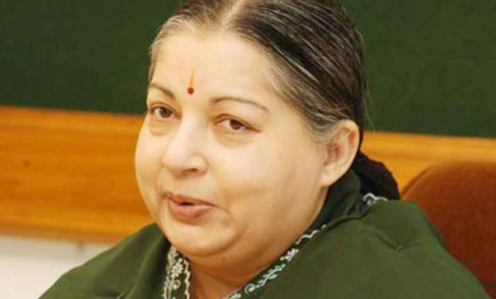 jayalalithaa asks pm to withdraw explosive license fee