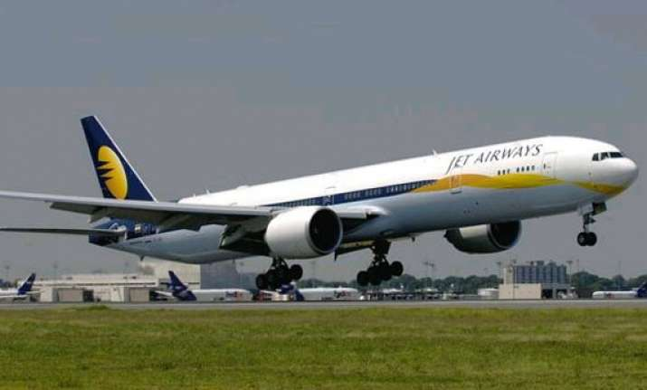 jet airways executives to meet icra following downgrade