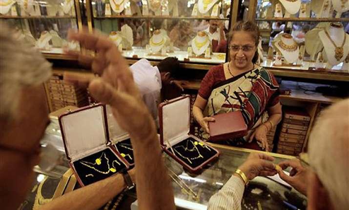 jewellers report brisk sales on akshaya tritiya day