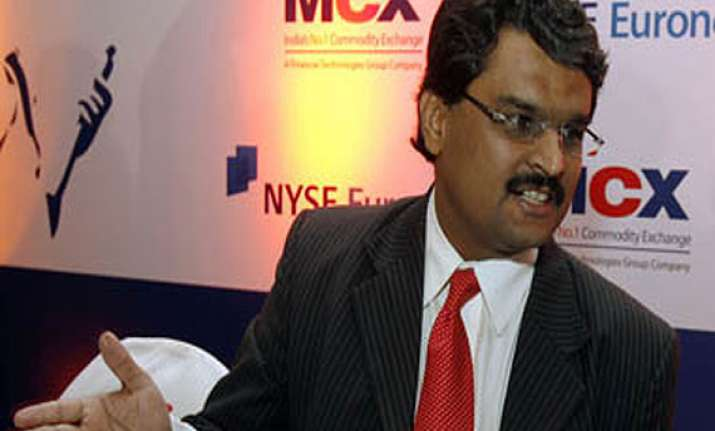 jignesh shah to stay on mcx board for now