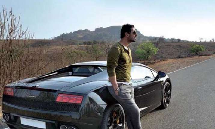 John Abraham Buys A Black Lamborghini Gallardo Pictures And Details