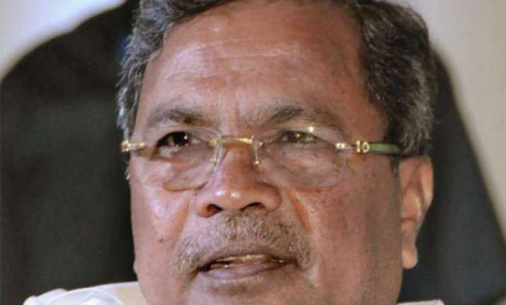 karnataka cm tells banks to up credit flow
