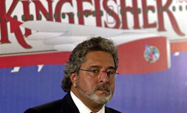 kingfisher airlines q3 net loss widens to rs 444 cr