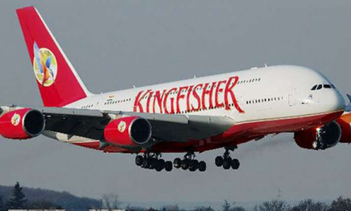 kingfisher airlines pilots threaten to approach regulator