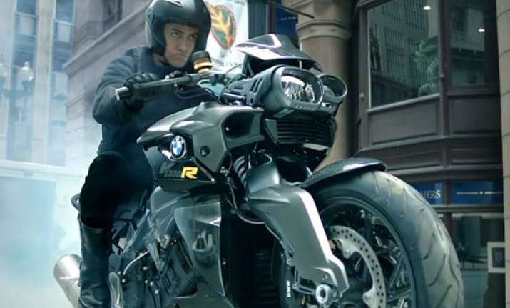Know Everything About Aamir Khan S Dhoom 3 Bike Bmw K1300r India