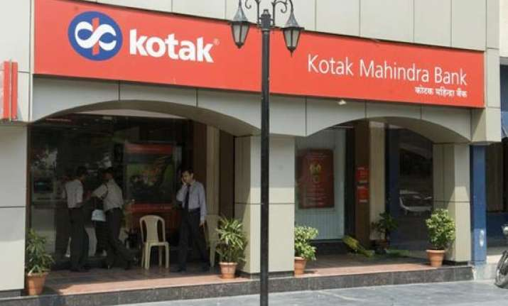 kotak bank q2 net up 2 pc on higher interest income margin