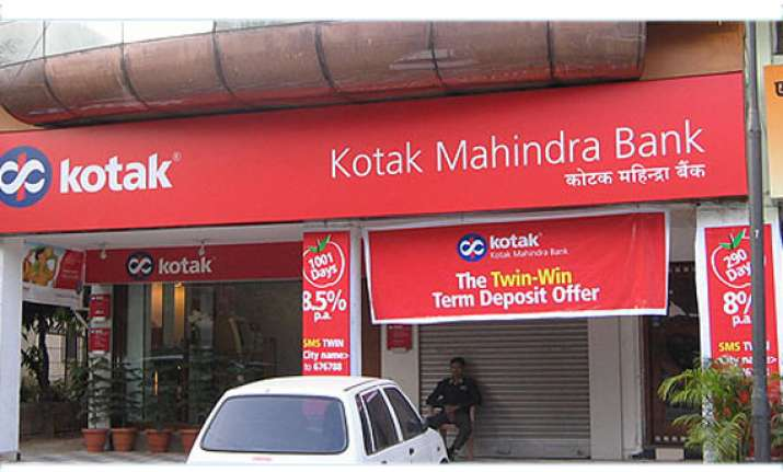 kotak mahindra bank to buy 15 in mcx for rs 459 crore