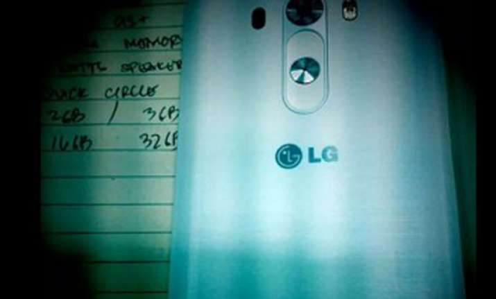 lg g3 reportedly spotted in images showing off rear buttons
