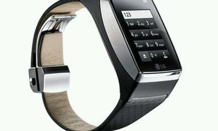 lg posts picture of upcoming smartwatch