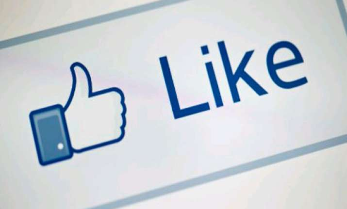 like it emotions can spread among facebook users