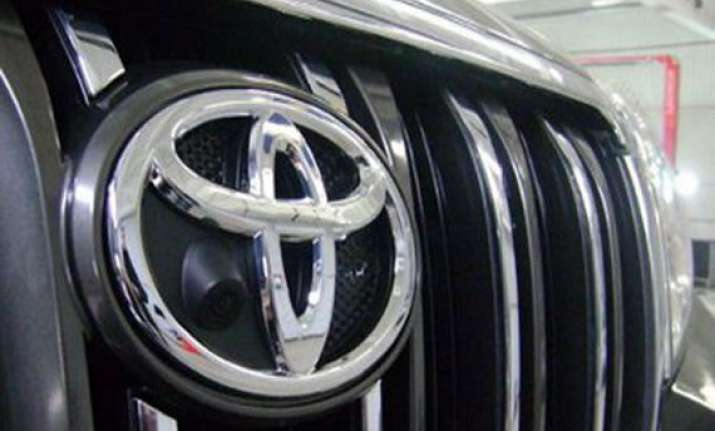 lockout halts toyota car production in india
