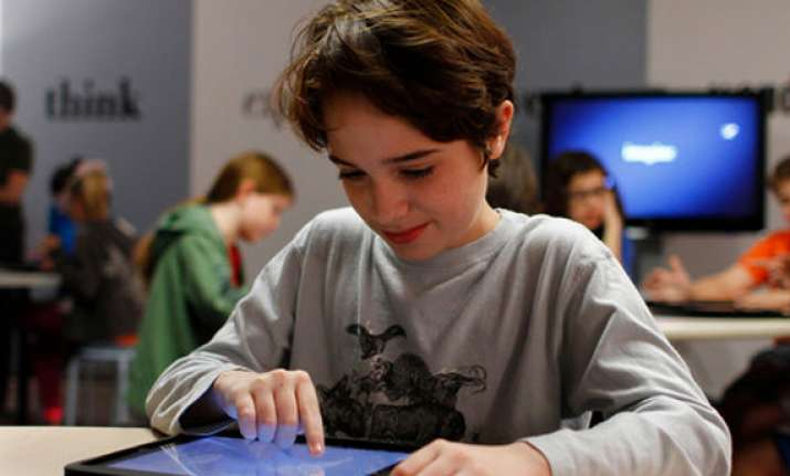 los angeles to give every student an ipad 30m order