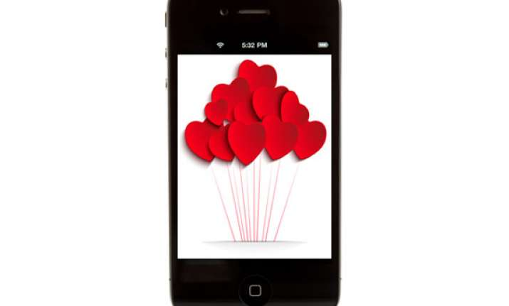 lovestruck now app can send kisses bouquets for you on