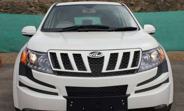 mahindra to launch lower variant of xuv 500 this fiscal