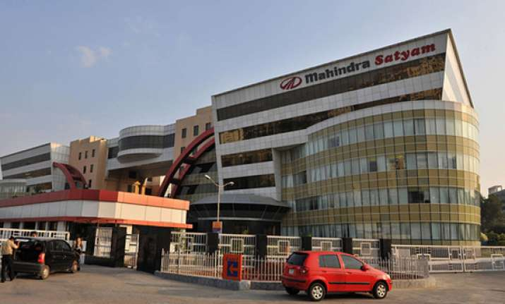 mahindra satyam claims rs 275 crore damages from previous