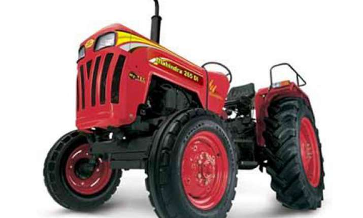 mahindra launches robolift hydraulics on tractor
