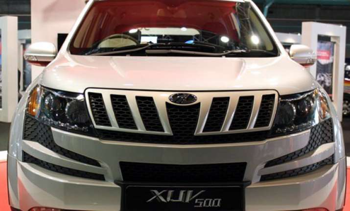 mahindra unveils xuv 500 in indore