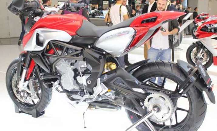 watch the world s most beautiful bike mv agusta rivale 800