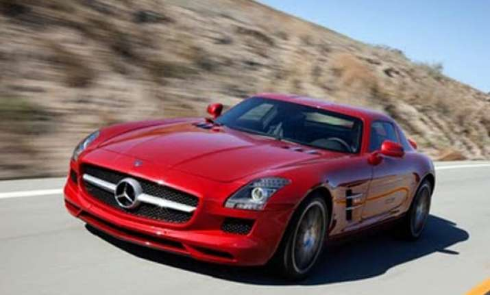mercedes benz to launch sls amg roadster