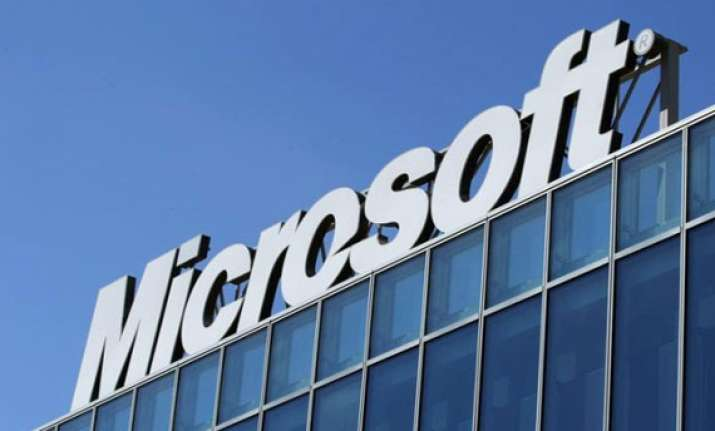 microsoft offers indian phone makers windows phone os