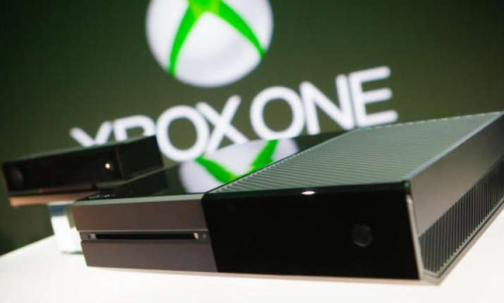 microsoft unveils new xbox one gaming system with live tv