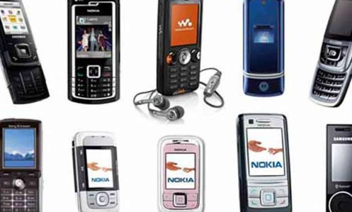 mobile phones becoming multi tasking devices assocham