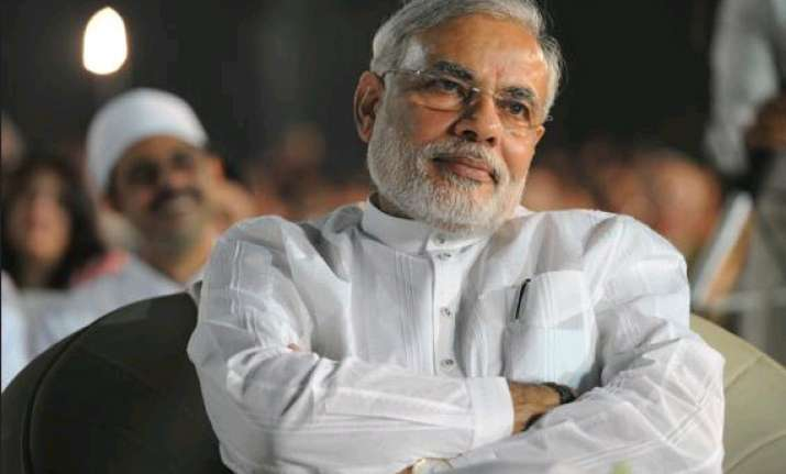 modi to meet officials tomorrow to sort out sez woes