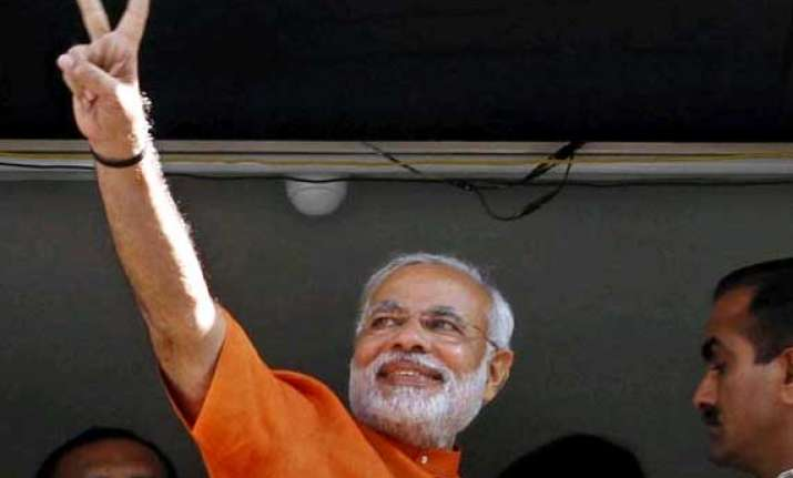 modi win lifts sensex past 25k profit booking curbs gains