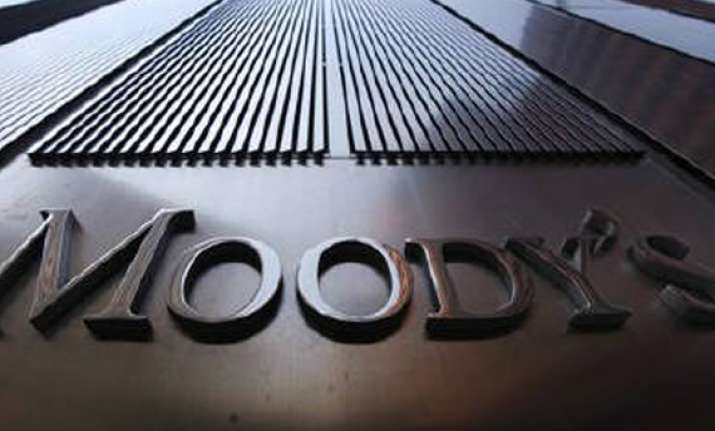 moody s upgrades rating of indian govt bonds
