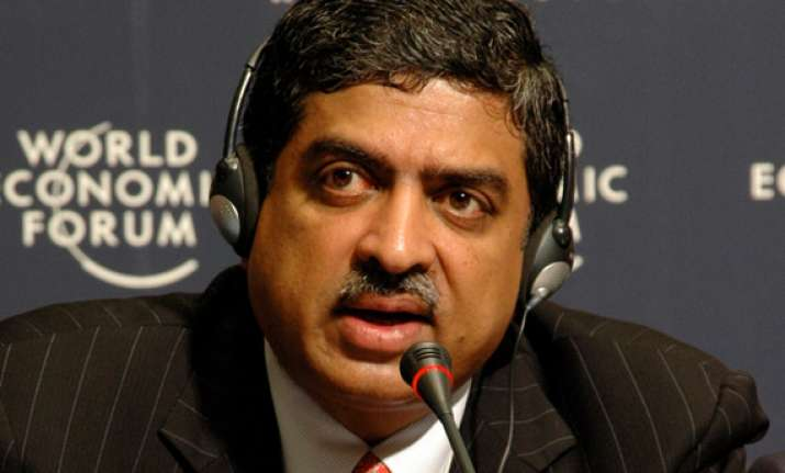 nandan nilekani to resign from uidai by march end