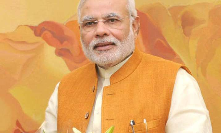 narendra modi launches jan dhan yojana record 1.5 cr bank