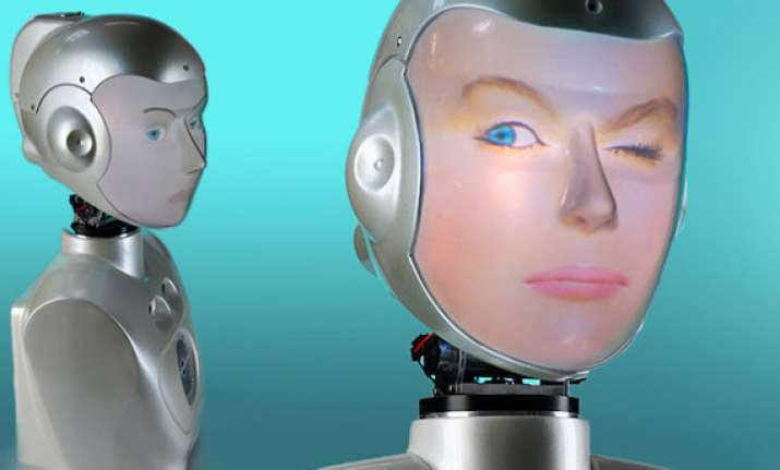 new robot can wear any face