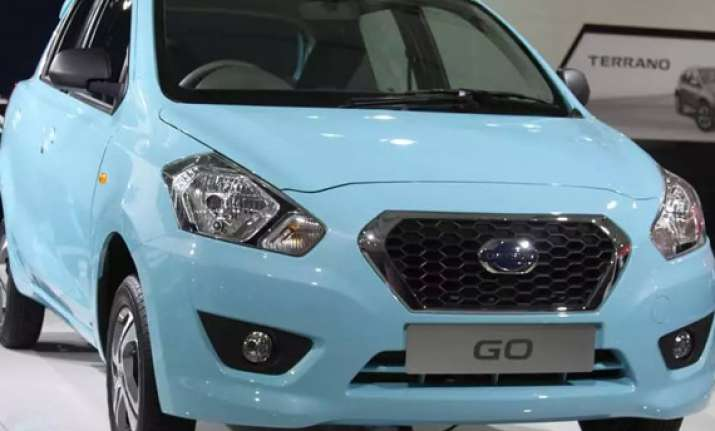nissan opens bookings for datsun go hatchback