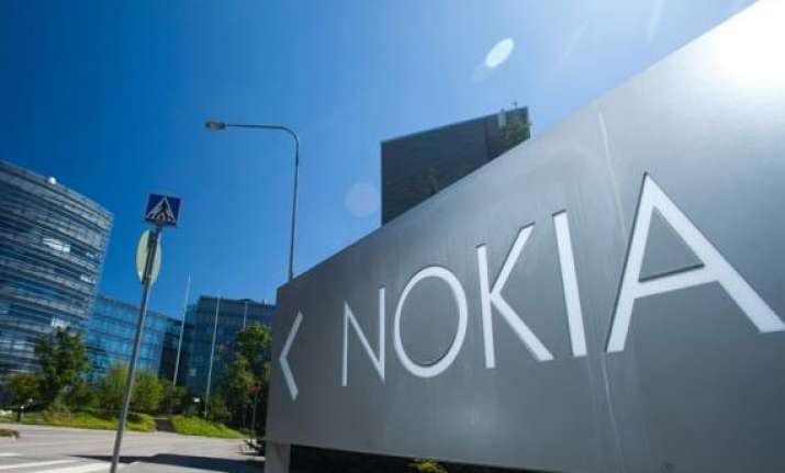 nokia offers vrs scheme to chennai plant employees