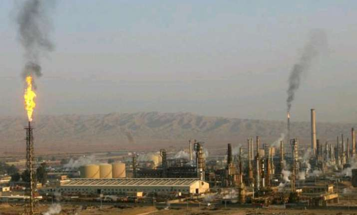 oil price near 9 month high as iraq battles for refinery